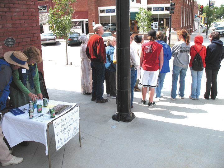 Walking tour takes off during Festival