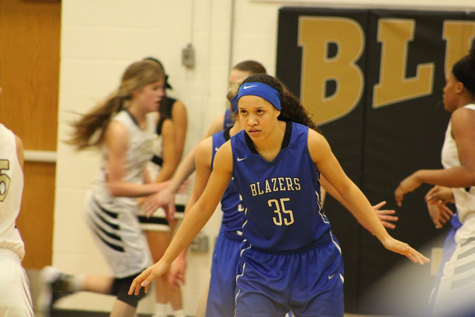 Washington scores 16 in Lady Blazers victory