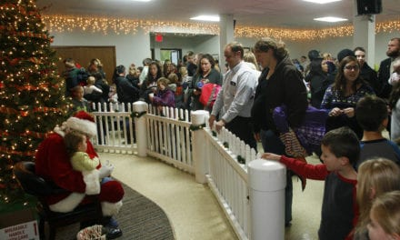 Edgerton holds Mayor's Christmas Tree Lighting