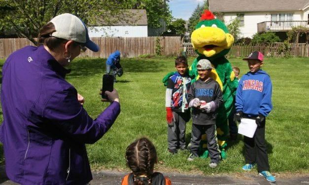 Residents participate in Earth Day events