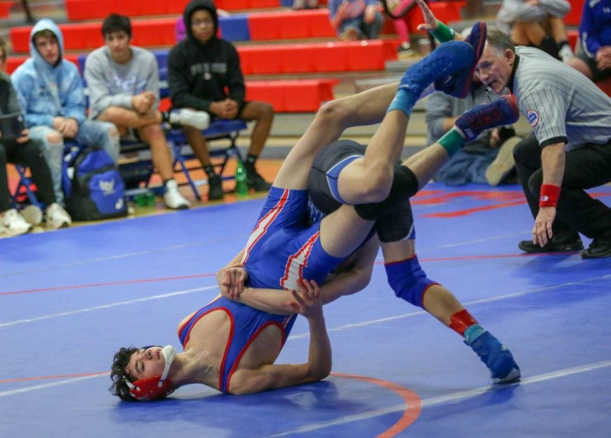 Blazer wrestlers come out hot versus SFTHS
